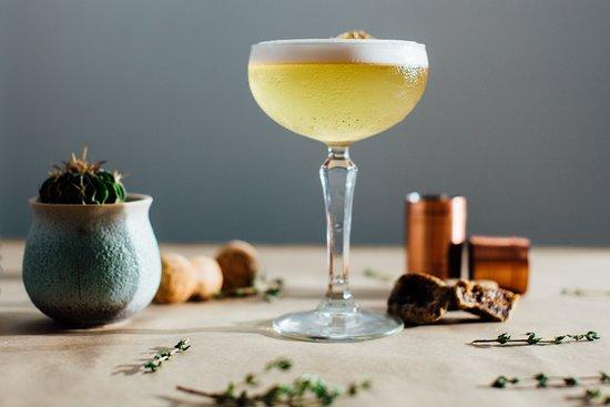 Cuzina Bar & Eatery: Cocktails at Cuzina