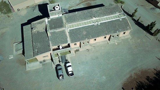 El Penon, Αργεντινή: L'Hosteria de Altura dal drone