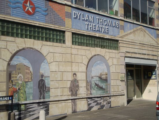 ‪Dylan Thomas Theatre‬