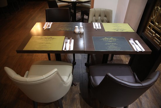 Pleasing Table Picture Of Shish Legends Romford Tripadvisor Caraccident5 Cool Chair Designs And Ideas Caraccident5Info