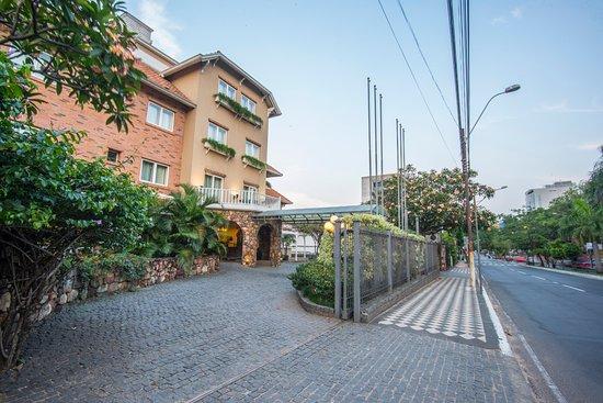 莫拉套房別墅飯店