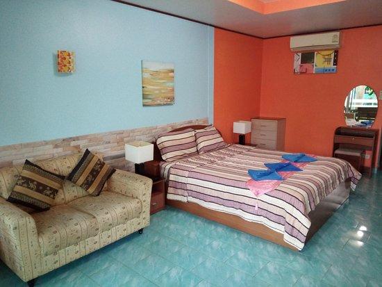 Naiharn Green Valley Resort : Standard Studio Room