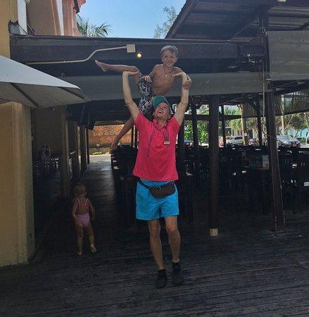 Entertainer Alejandro
