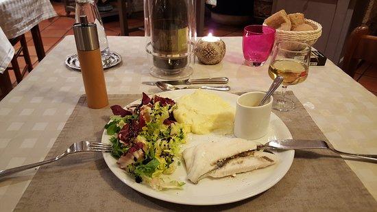 "Saint-Rome-de-Tarn, Francja: Dîner au Restaurant ""Les Raspes"""