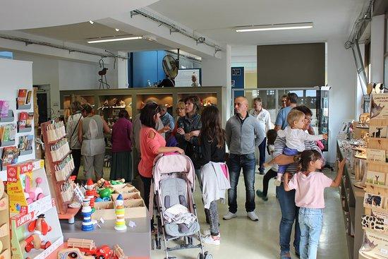 Ravilloles, Γαλλία: L'espace boutique