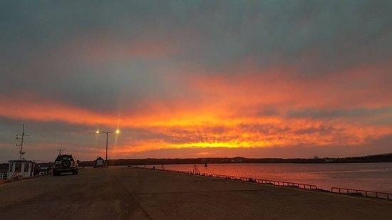 Sun setting in Burtonport