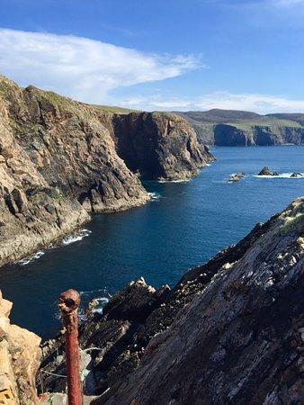 Burtonport, Ireland: Steps to the cliffs