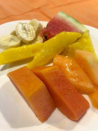 Hotel Buena Vista: Fresh fruits for breakfast