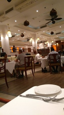 Dar es Salaam Serena Hotel: TA_IMG_20180227_200631_large.jpg