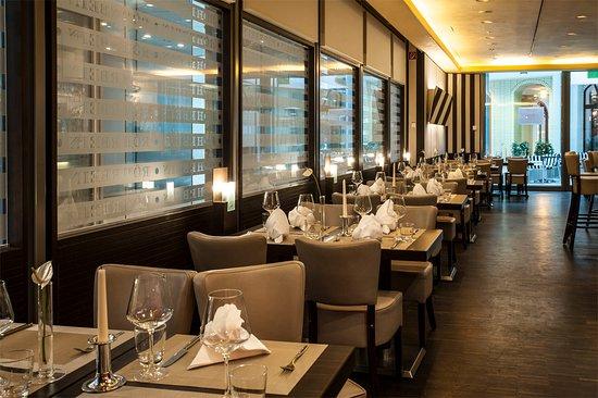 Röhrbein: Innenansicht Restaurant