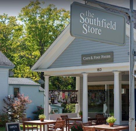 Southfield, MA: Storefront