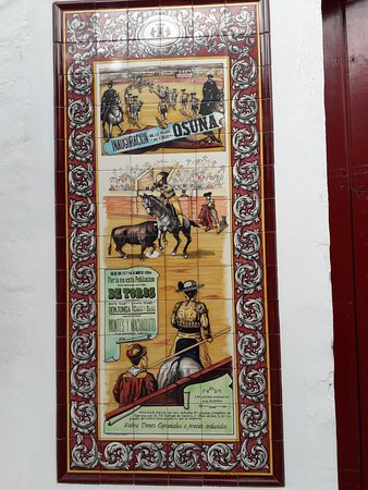Letrero de la plaza de toros de Osuna