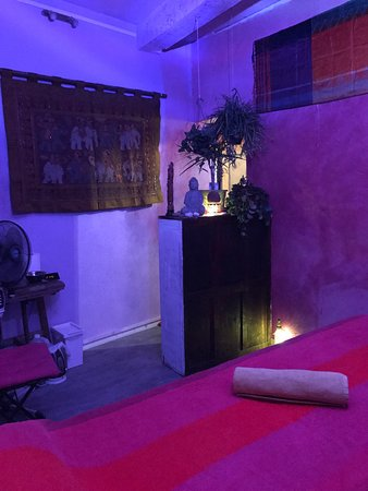 Salon De Massage Picture Of India Bien Etre Carpentras