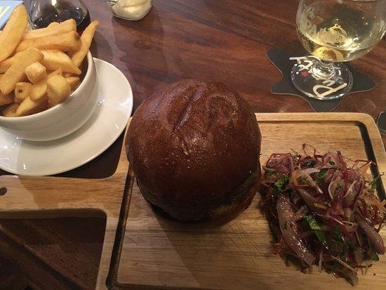 Letcombe Regis, UK: Homemade, juicy, delicious burger and winter slaw.