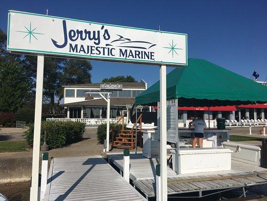 Jerry's Majestic Marine