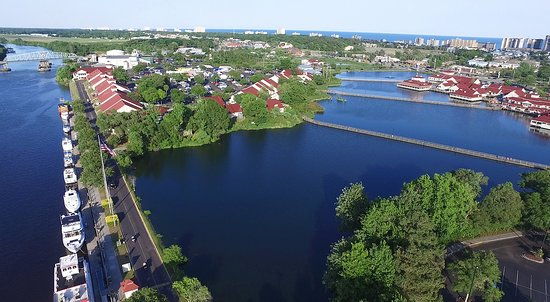 North Myrtle Beach, SC: Barefoot Landing is set along the Intracoastal Waterway and featuring a 27-acre lake.
