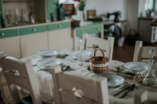 Palkonya, ฮังการี: Közösségi tér-étkező