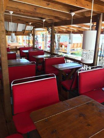 Crab Hill, Antigua: Restaurant in the Bus