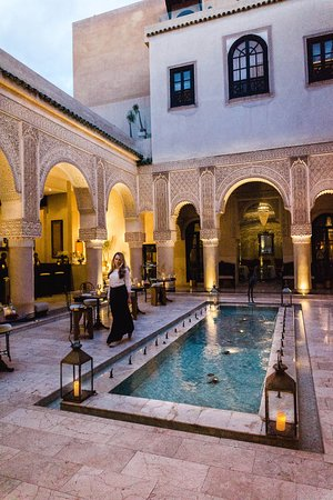 Riad Fes - Relais & Chateaux: Bar area - for more travel inspiration follow me on Instagram @tatis.travel.tracks