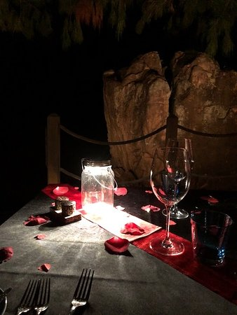 "Constance Lemuria: St Valentin ""on the rocks""! Seuls au monde!!!!"