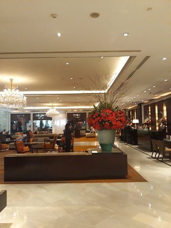 Holiday Inn Bangkok Silom: 20180221_085654_large.jpg
