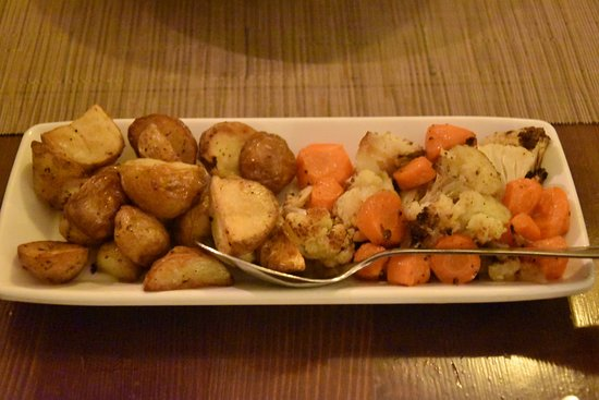 Salina, Malta: Potatoes & veg