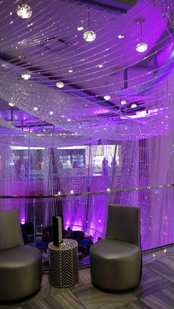 Lots of crystals picture of chandelier lounge las vegas chandelier lounge lots of crystals aloadofball Choice Image