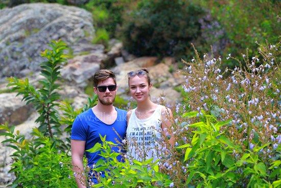 Ella Tuk Tuk Safari: romance