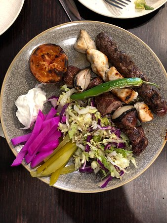 Pennant Hills, Australia: Mixed Plate - Lamb,chicken & kafta w/ garlic,pickles,charcoal roasted veg & home made mountain b
