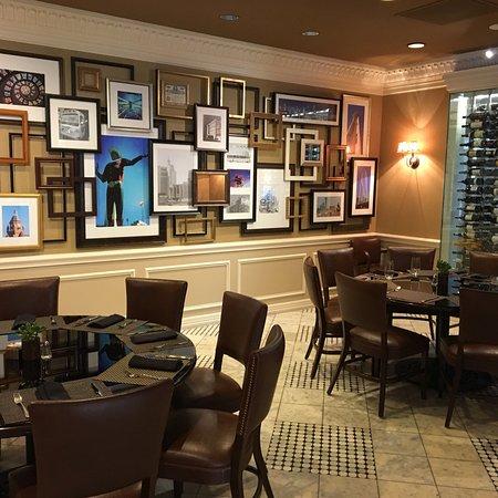 Warwick Melrose - Dallas: Restaurants, Ballroom, and Room