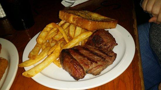 8 Oz Sundance Kid Top Sirloin Steak Picture Of Cimarron Steak