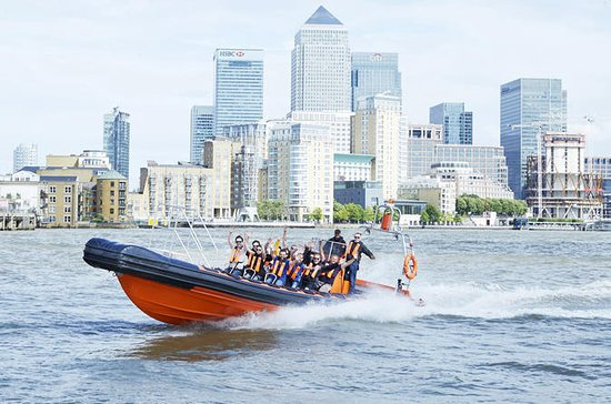 Private Speedboat Charter in central...