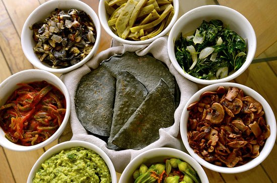 Private Market Tour and Authentic Mexican Cooking Class with a Local...