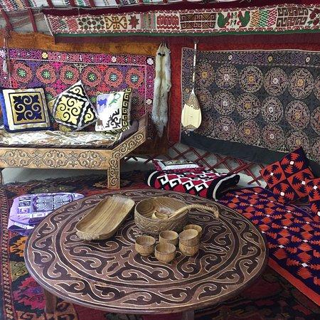 Qazaq-Oner