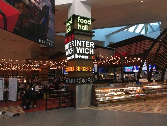 Food Hall Hot And Cold Buffet Laguardia Airport Terminal C