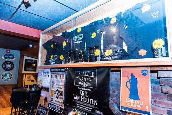 Δυτικό Seneca, Νέα Υόρκη: Show your Ale House pride with swag and merch, available in-store or online