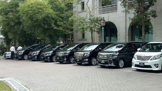 Prime Aces Limousine