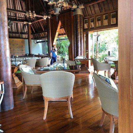 Koh Thai Kitchen Bar Four Seasons Resort