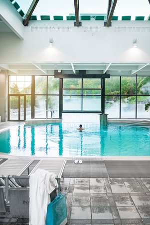 Piscina Termale - Picture of Roseo Euroterme Wellness Resort, Bagno ...