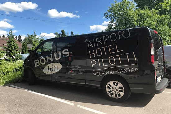 Free Airport Shuttle Takes You To Helsinki Airport In 5 10 Minutes