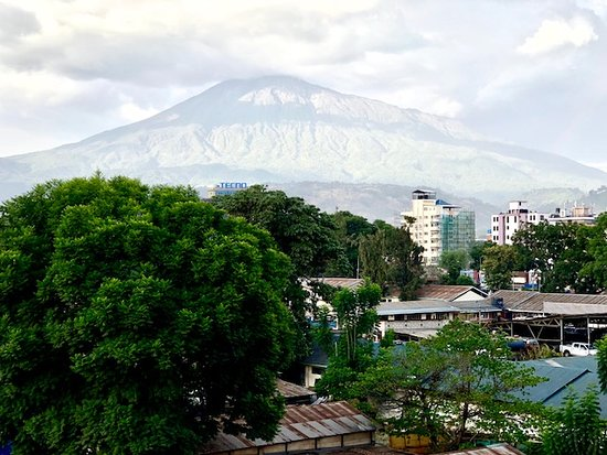 Arusha Tourist Inn: you can see the Mount Meru from your window!!