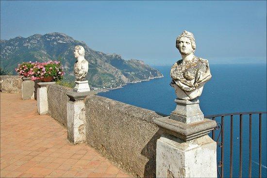 Feel Naples