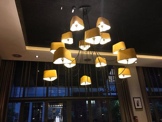 Moderne Design Lampen : Moderne lampen picture of q metropolitan kitchen bar
