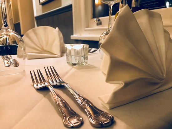 Chipping Ongar, UK: Table Setting