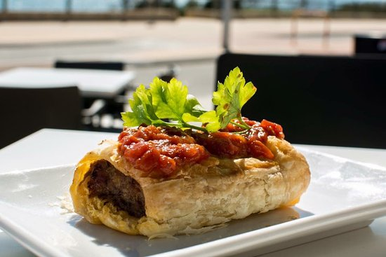 Quinns Rocks, Australia: Home Made Sasuage Rolls are pretty famous now, served with home made tomato relish.