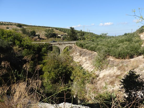 Agia Irini, กรีซ: Акведук Морозини