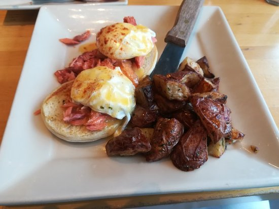 Portage Bay Cafe Restaurant & Catering: IMG_20180226_094837_large.jpg