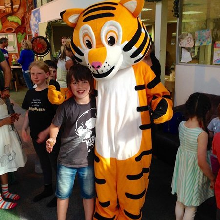 Jungle Mania, Woodley