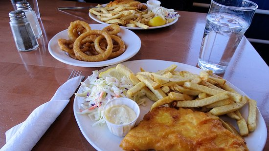 Dave's Fish & Chips: Halibut and Chips
