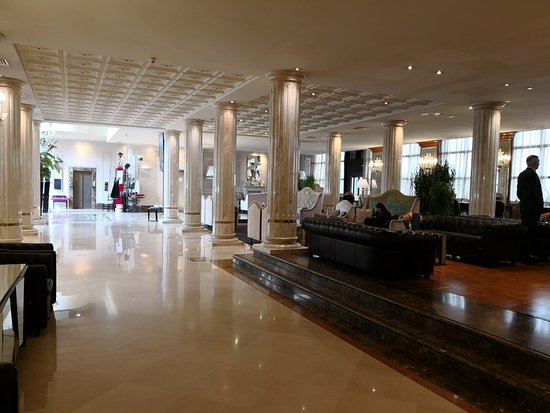 Hotel Leon D'Oro: IMG_20180226_153111_large.jpg